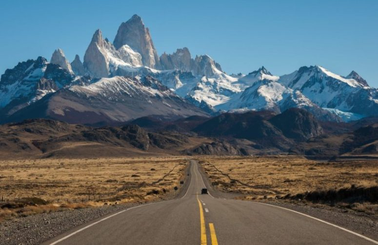 mt-fitz-roy-road-plain-820x532